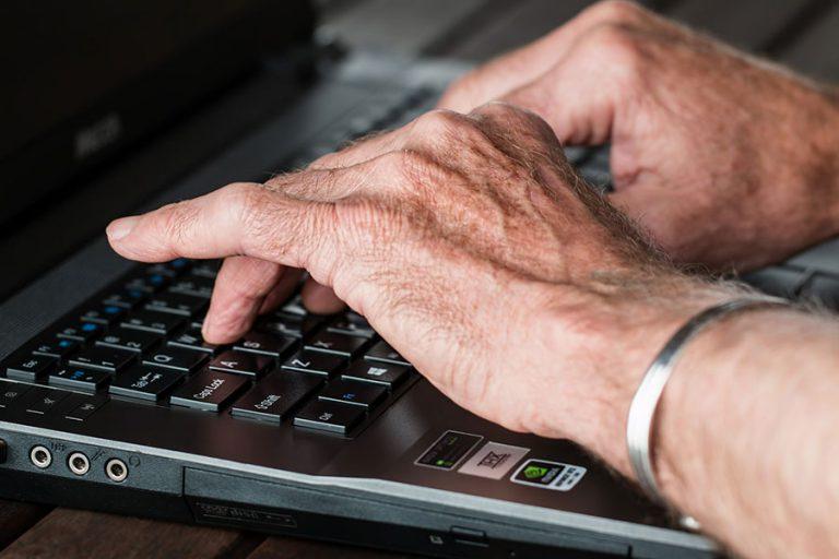 Miért dolgozzak nyugdíjas szövetkezeten keresztül?